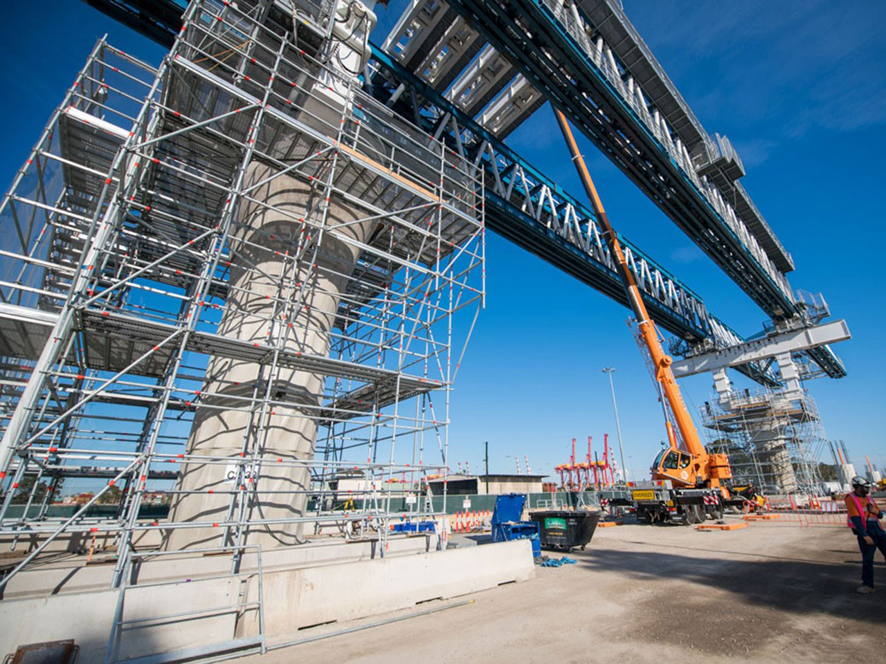 Image of launching gantry on Footscray Road