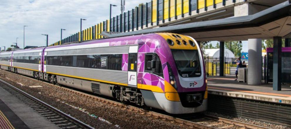 V-Line train arriving at Sunbury Station
